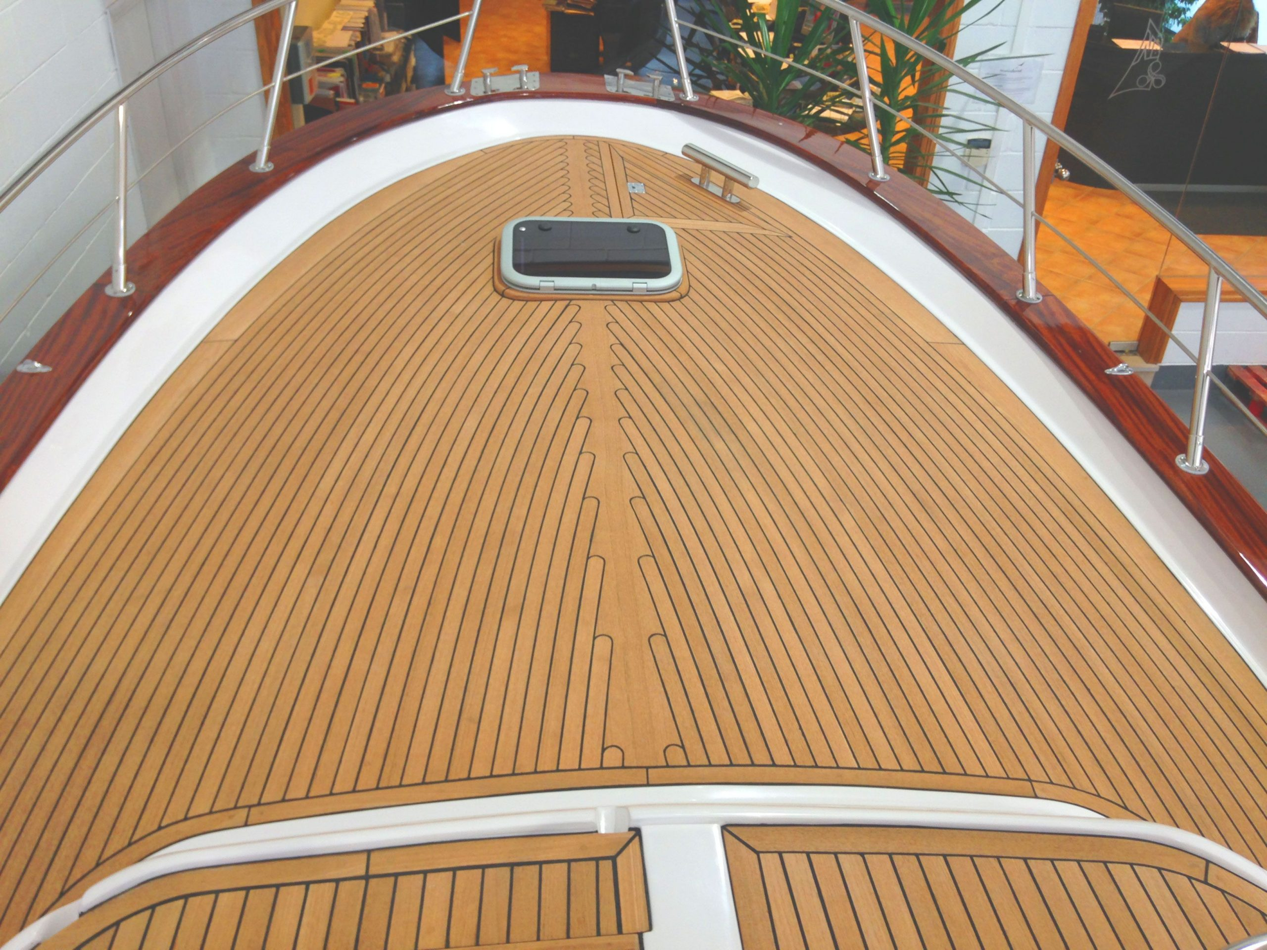 frattelli-aprea-750-open-cruise-05