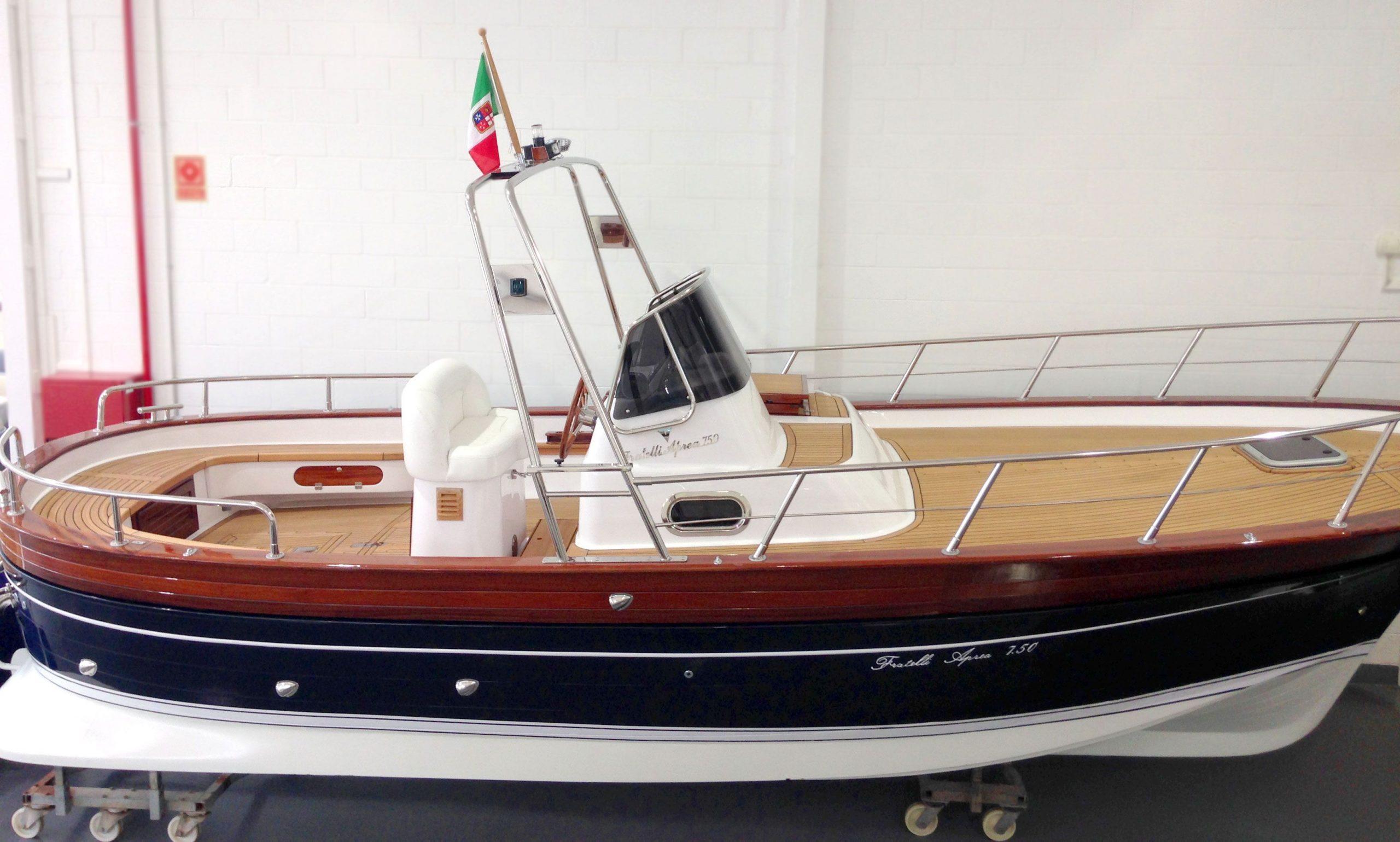 frattelli-aprea-750-open-cruise-09